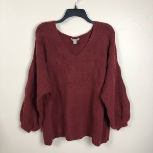Cozy Casual burgundy v-neck sweater bubble sleeves